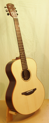 OM2-Guitar-Luthier-LuthierDB-Image-5